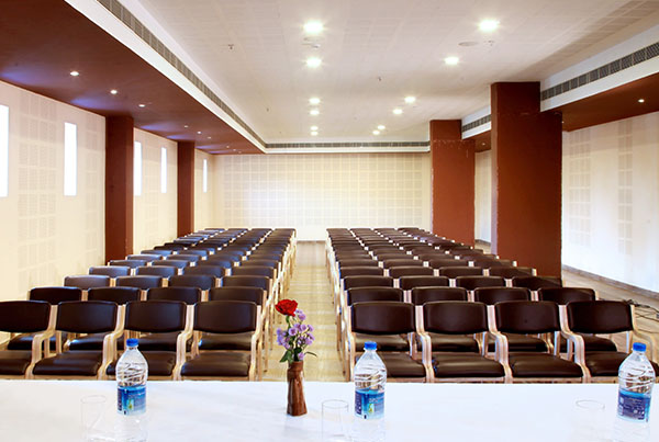 budget-hotels-in-Wayanad/banquethall